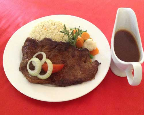 Grilled Rump Steak with pepper sauce